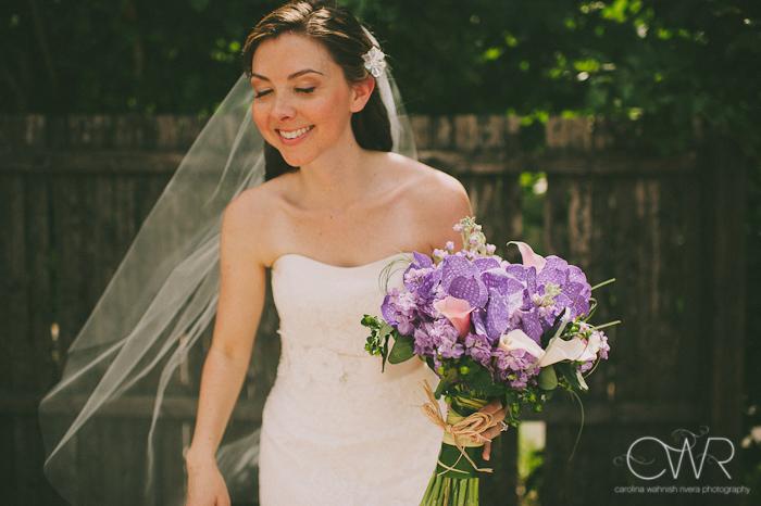 Lake House Inn Perkasie PA Wedding: bride nonchalant moment