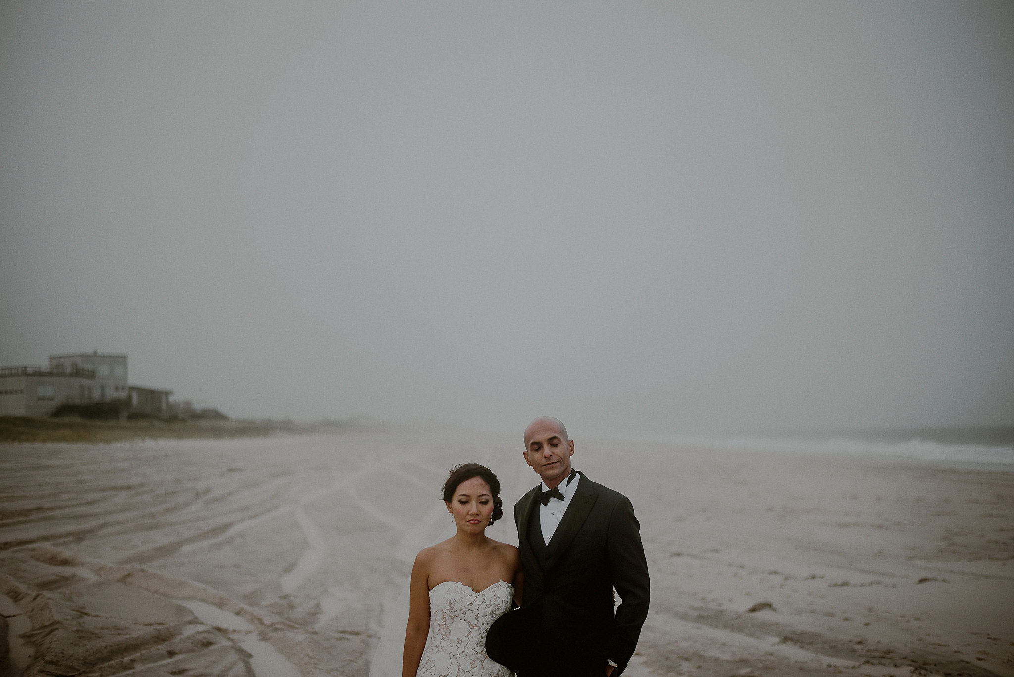 wedding pictures on the beach