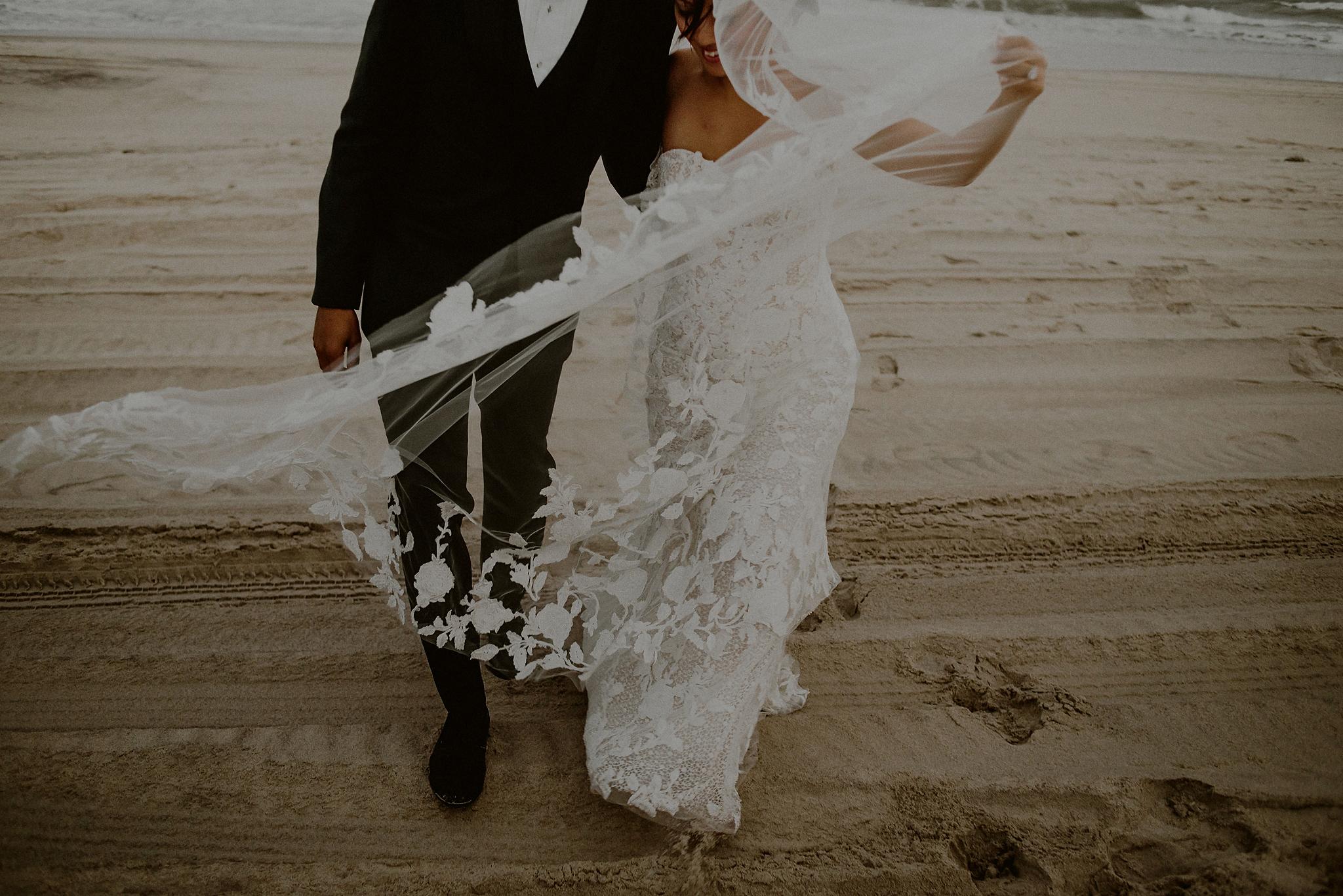 windy beach wedding pictures