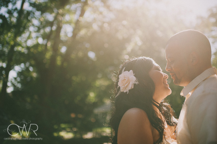 artistic wedding photos of bride and groom in sunlight with vintage touches