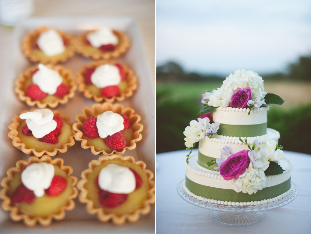 small wedding ceremony cute desserts and cake photo