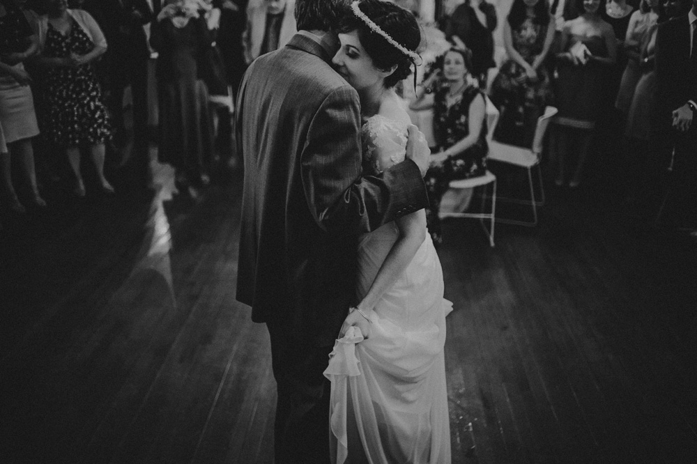 emotional wedding photos