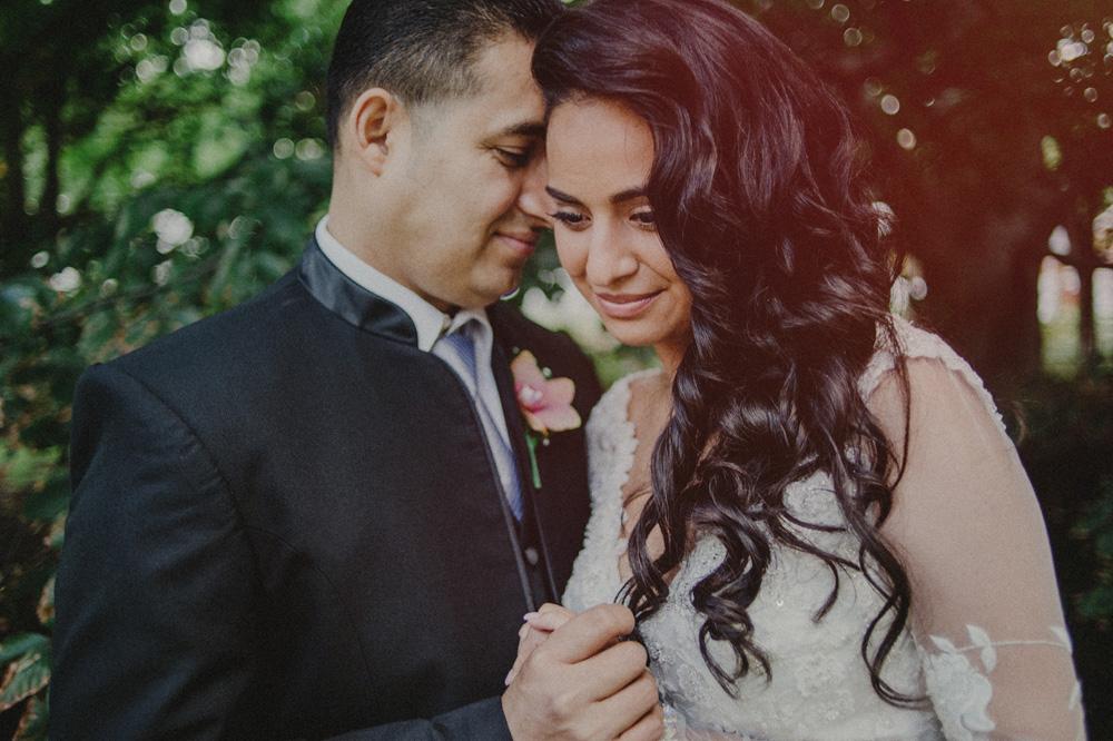 quaint wedding photos