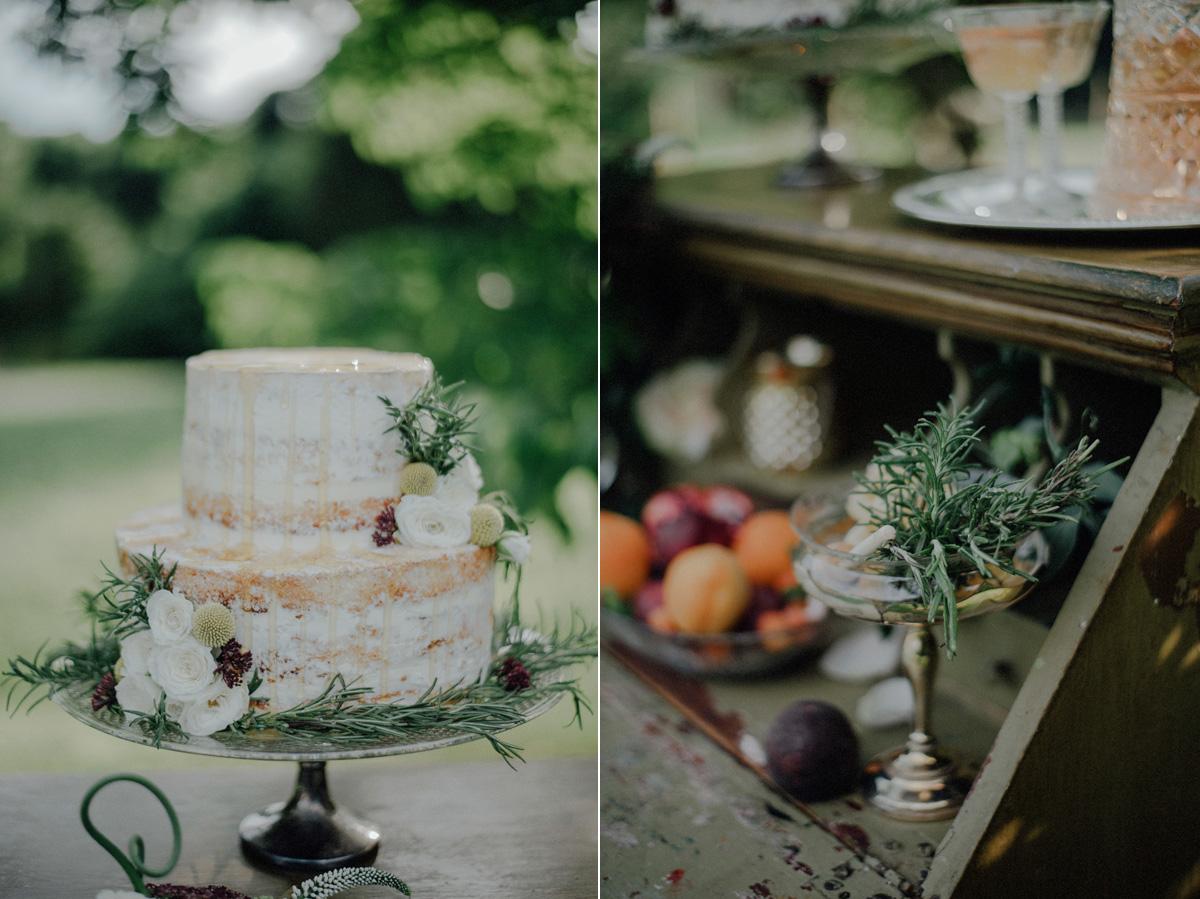 vintage barn wedding photos
