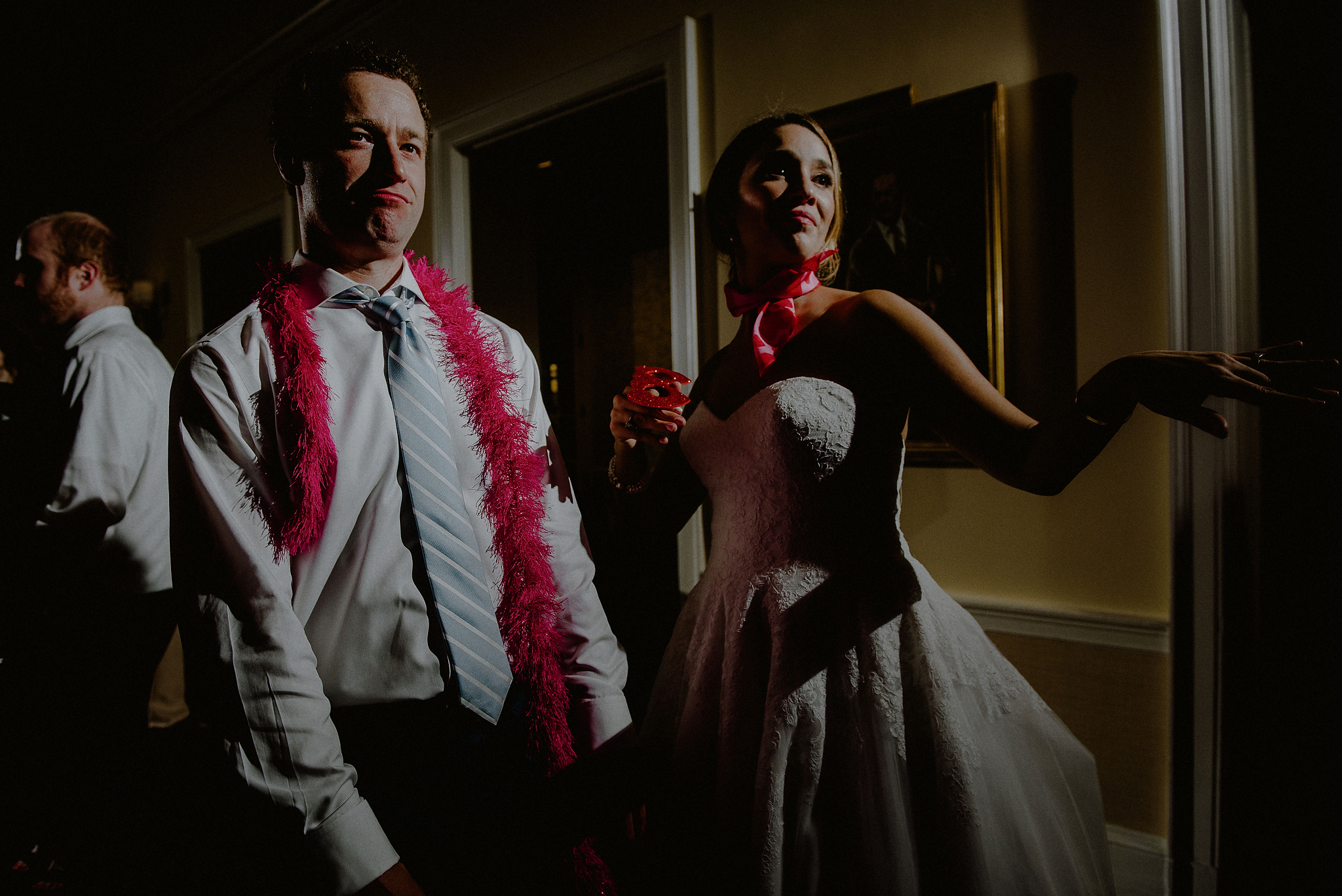 creative light wedding photos
