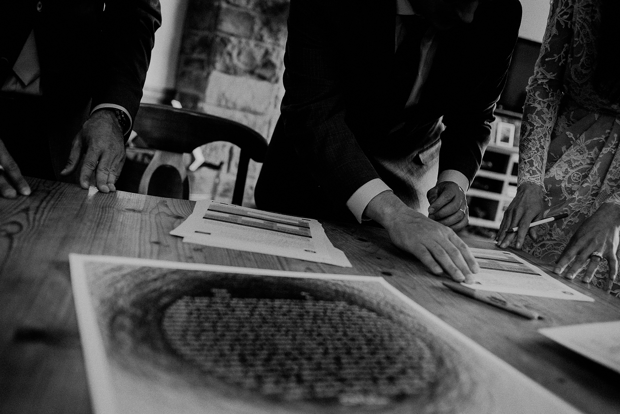 ketubah signing in black and white