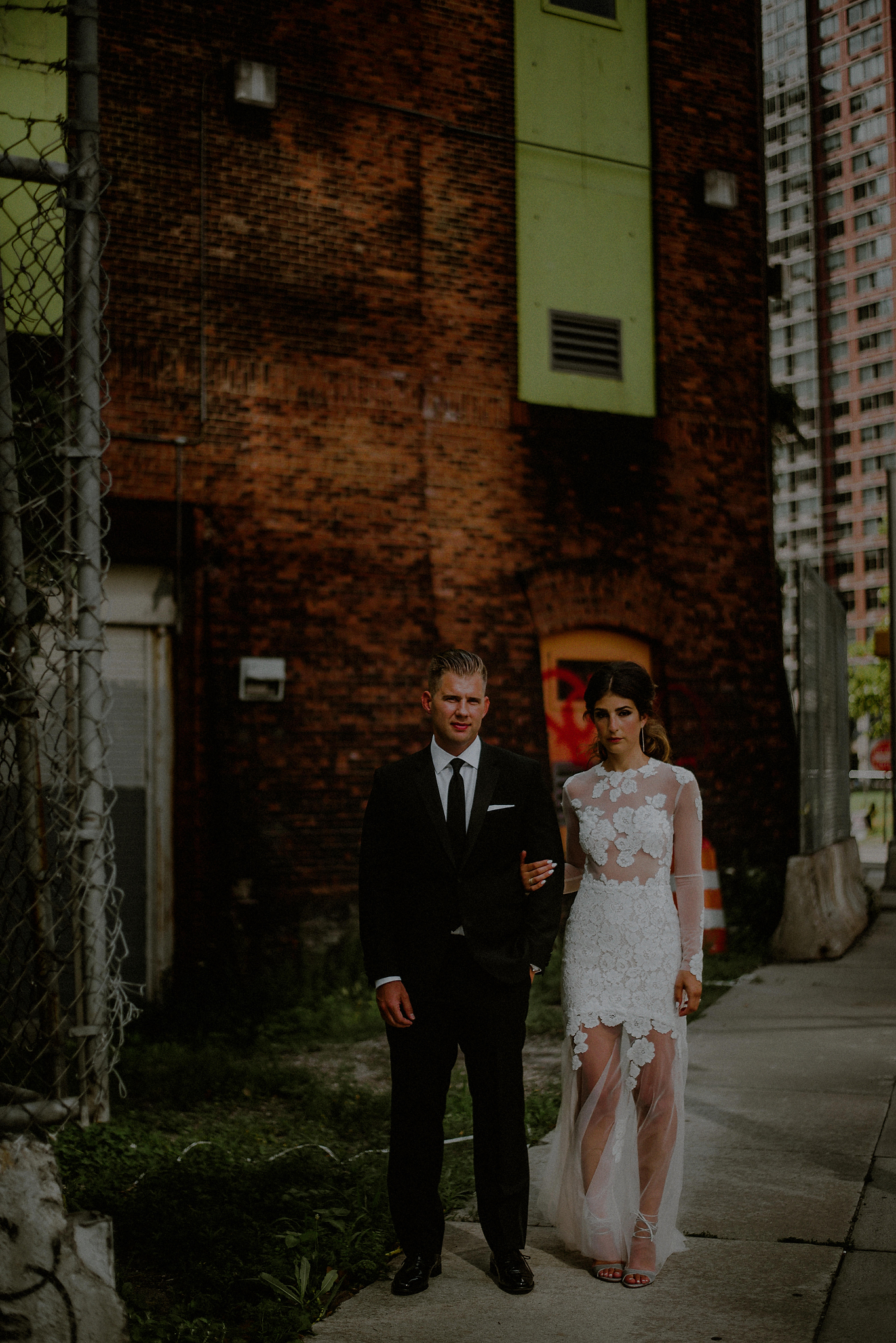dramatic wedding pictures