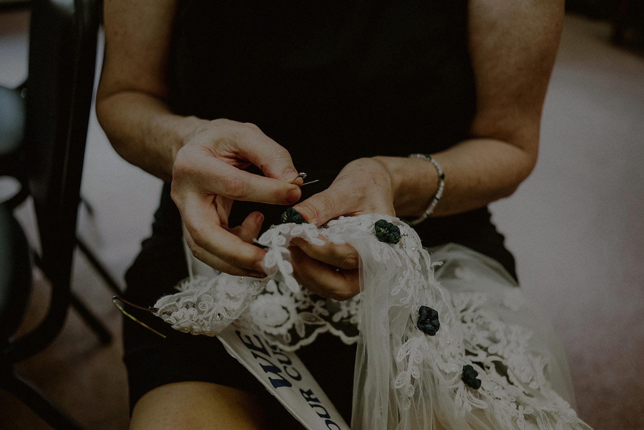intimate wedding in poconos