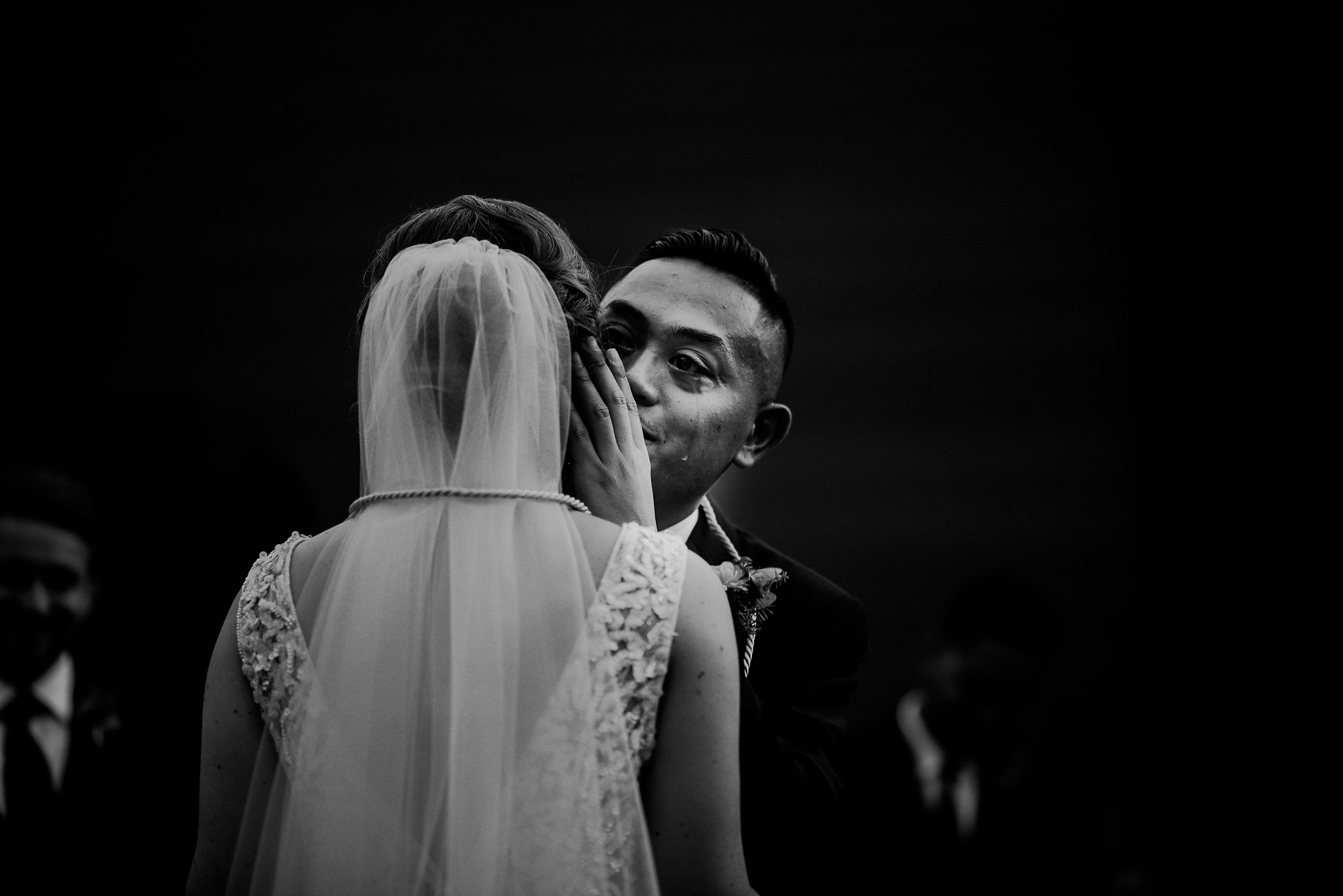 fine art documentary wedding photographer