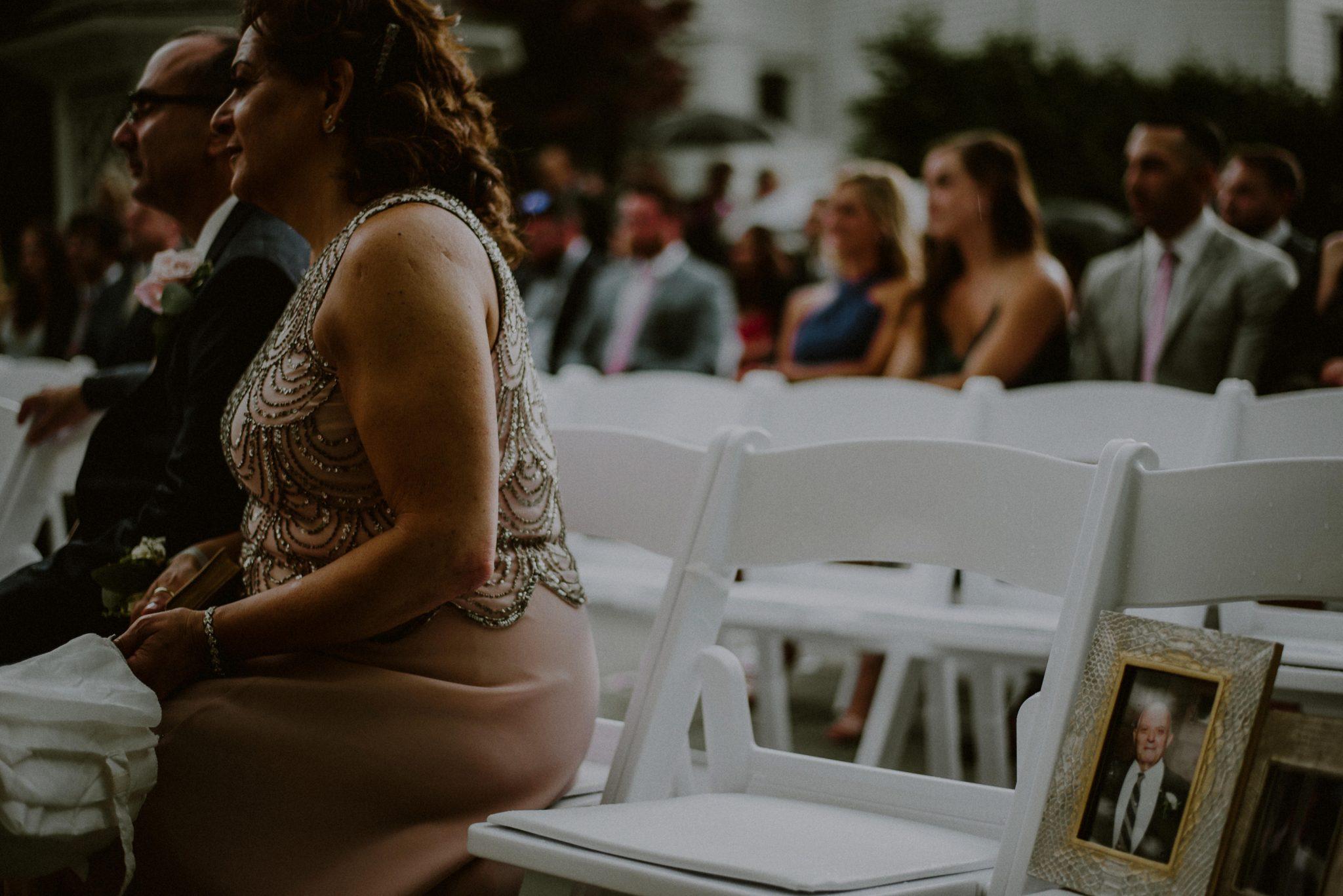 rainy wedding photos