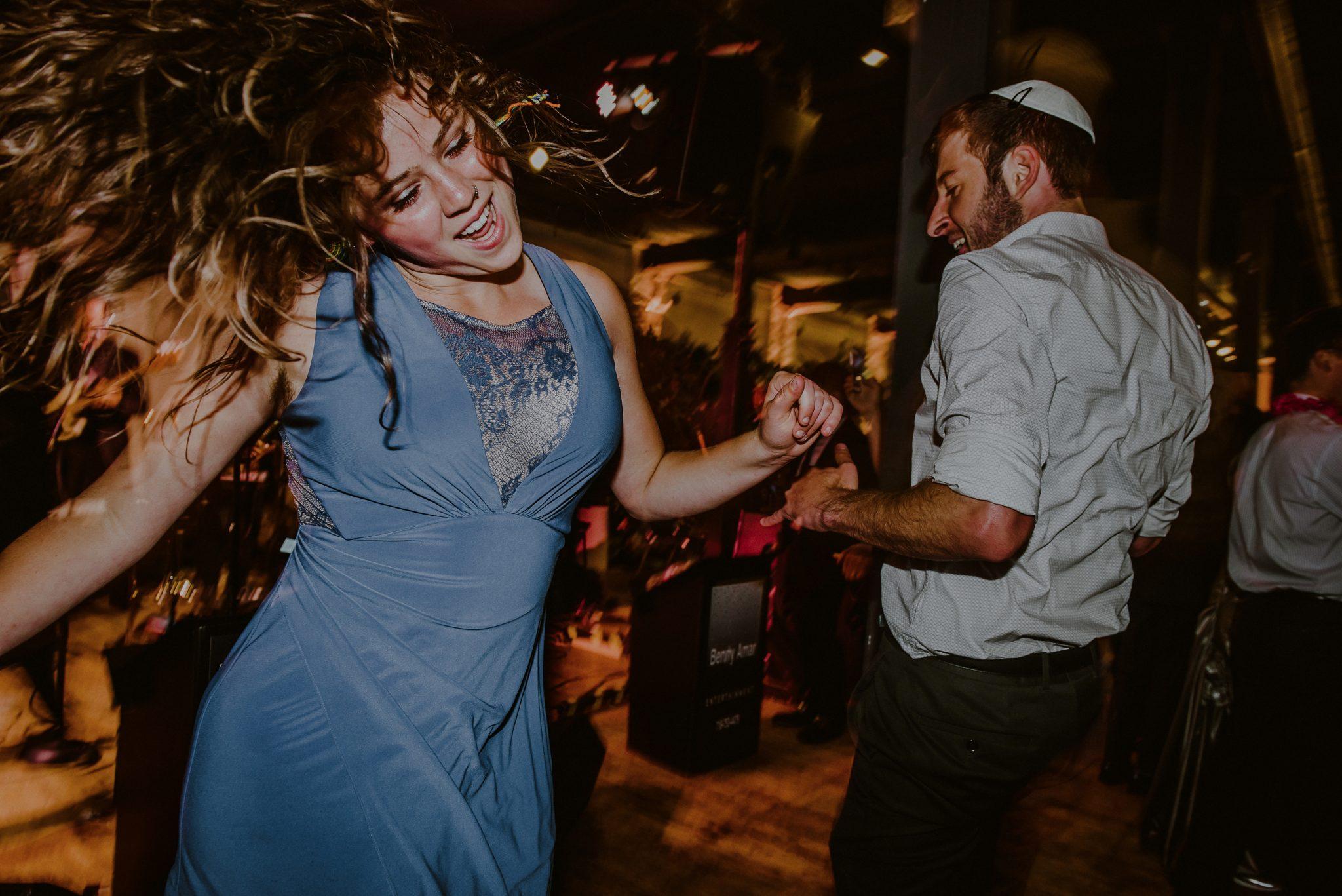 creative wedding reception pictures