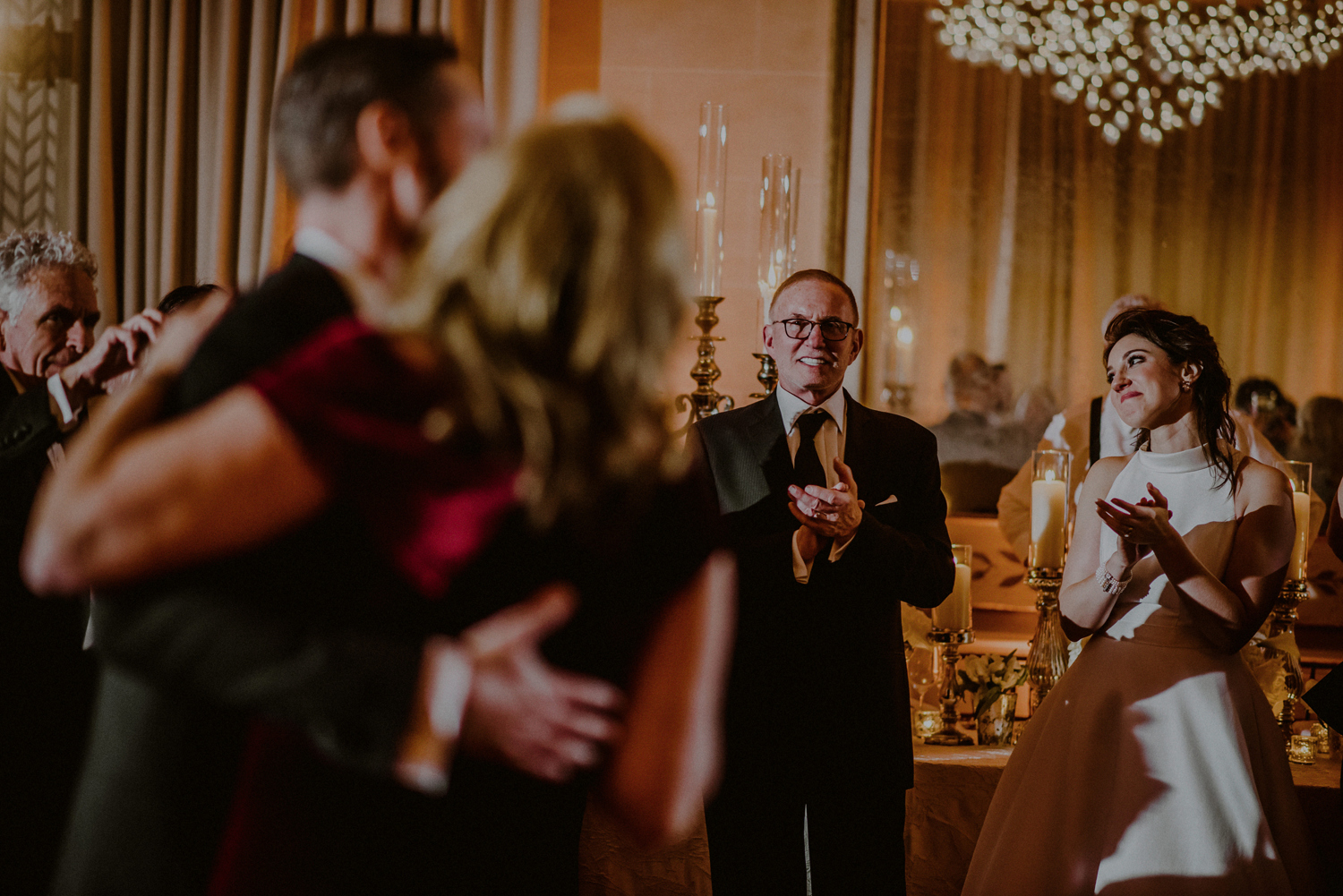 storytelling wedding pictures