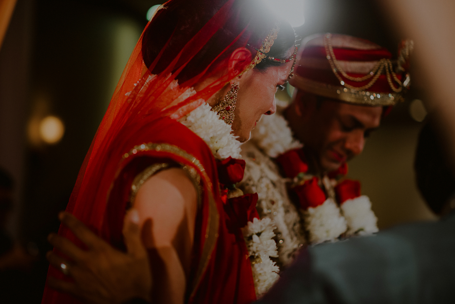 creative indian wedding photos under mandap