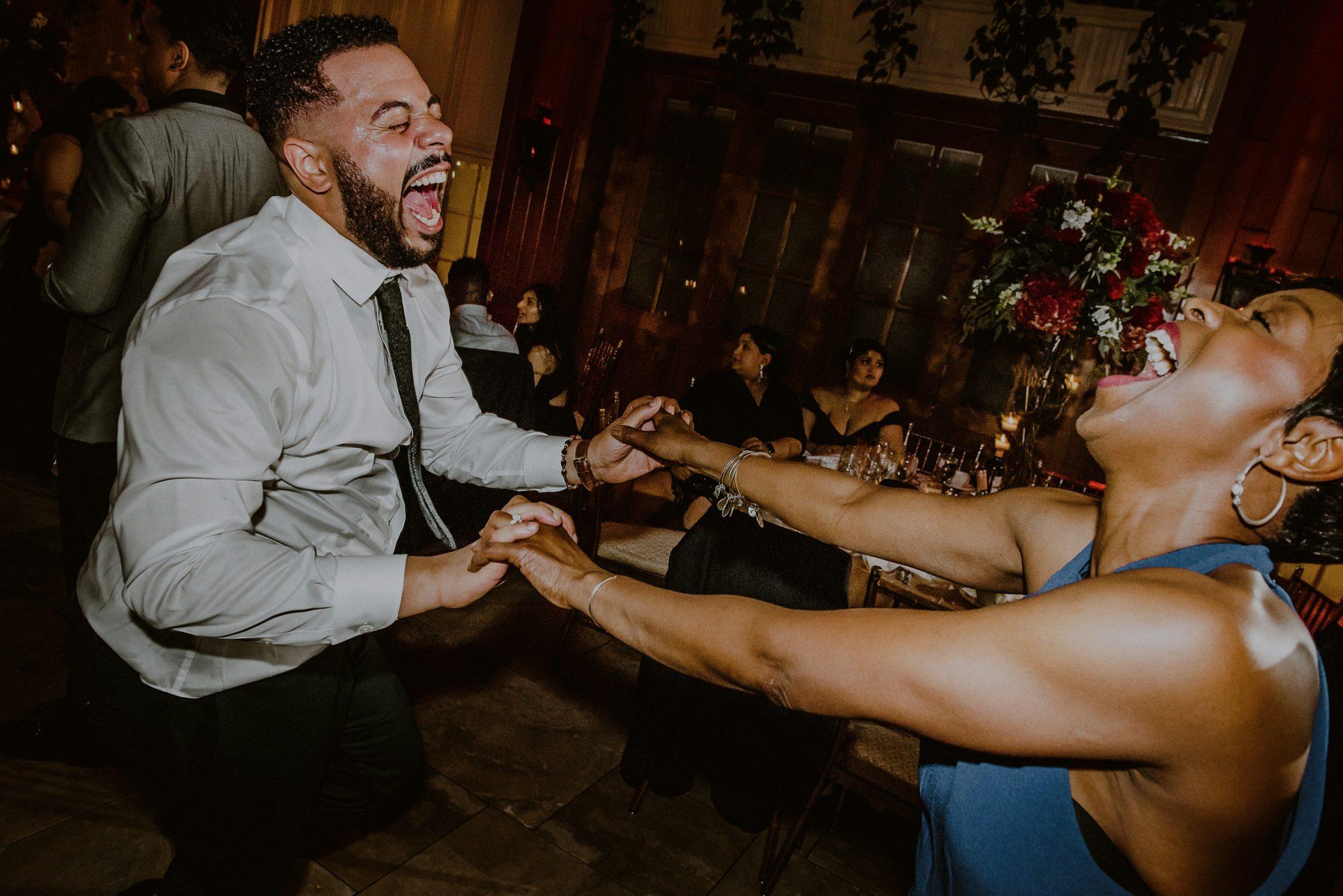 fun wedding dancing moments