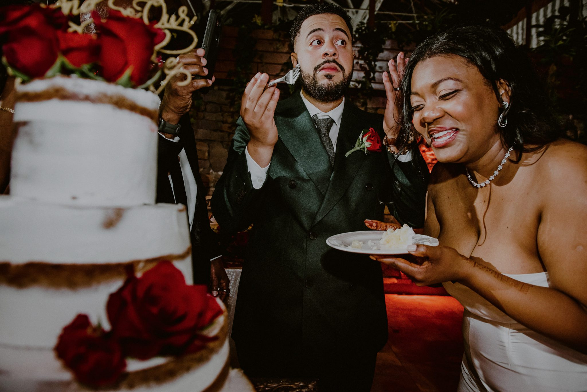 francesco's wedding cake photo at fox hollow wedding venue