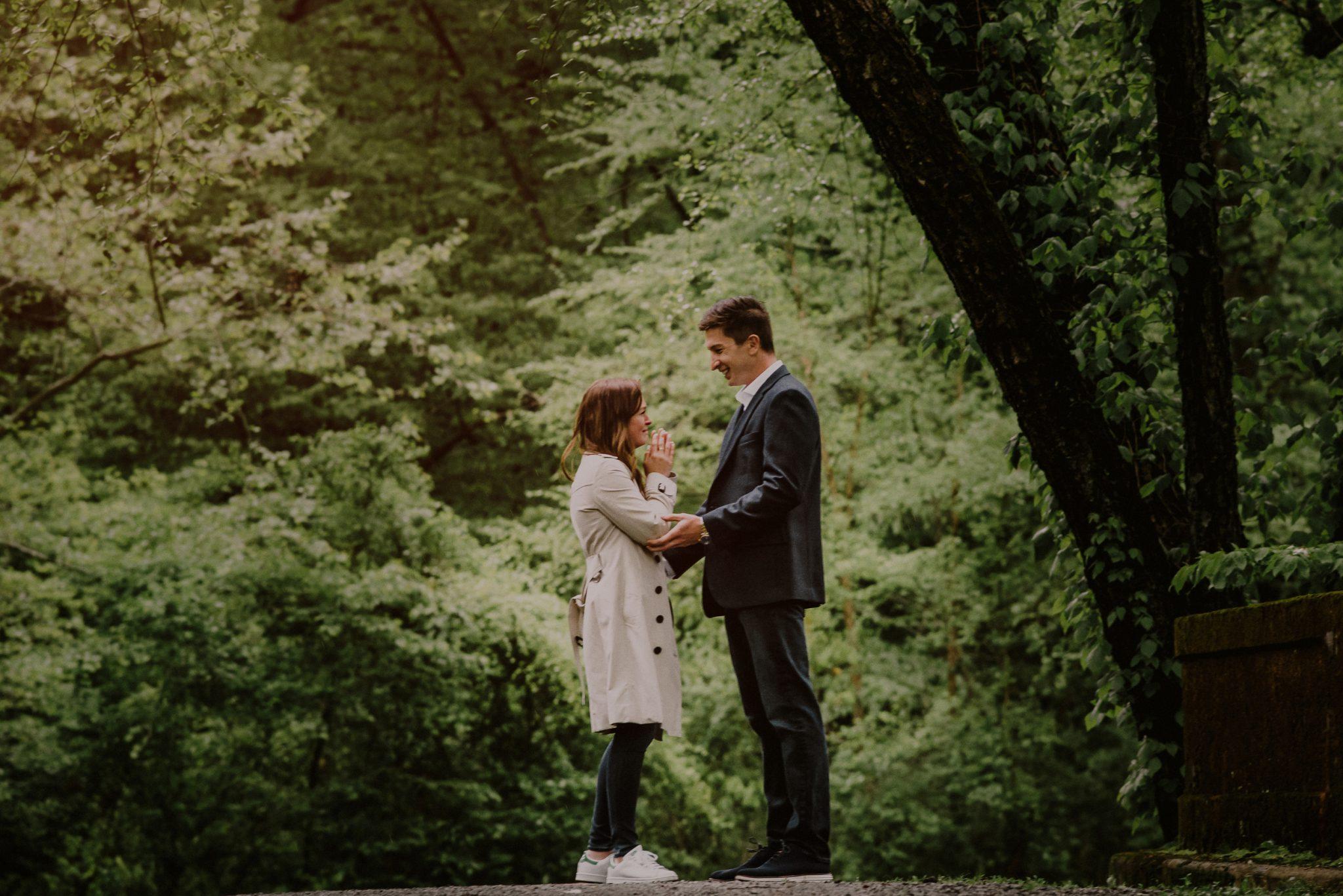 surprise proposal photography at Natirar park in gladstone NJ