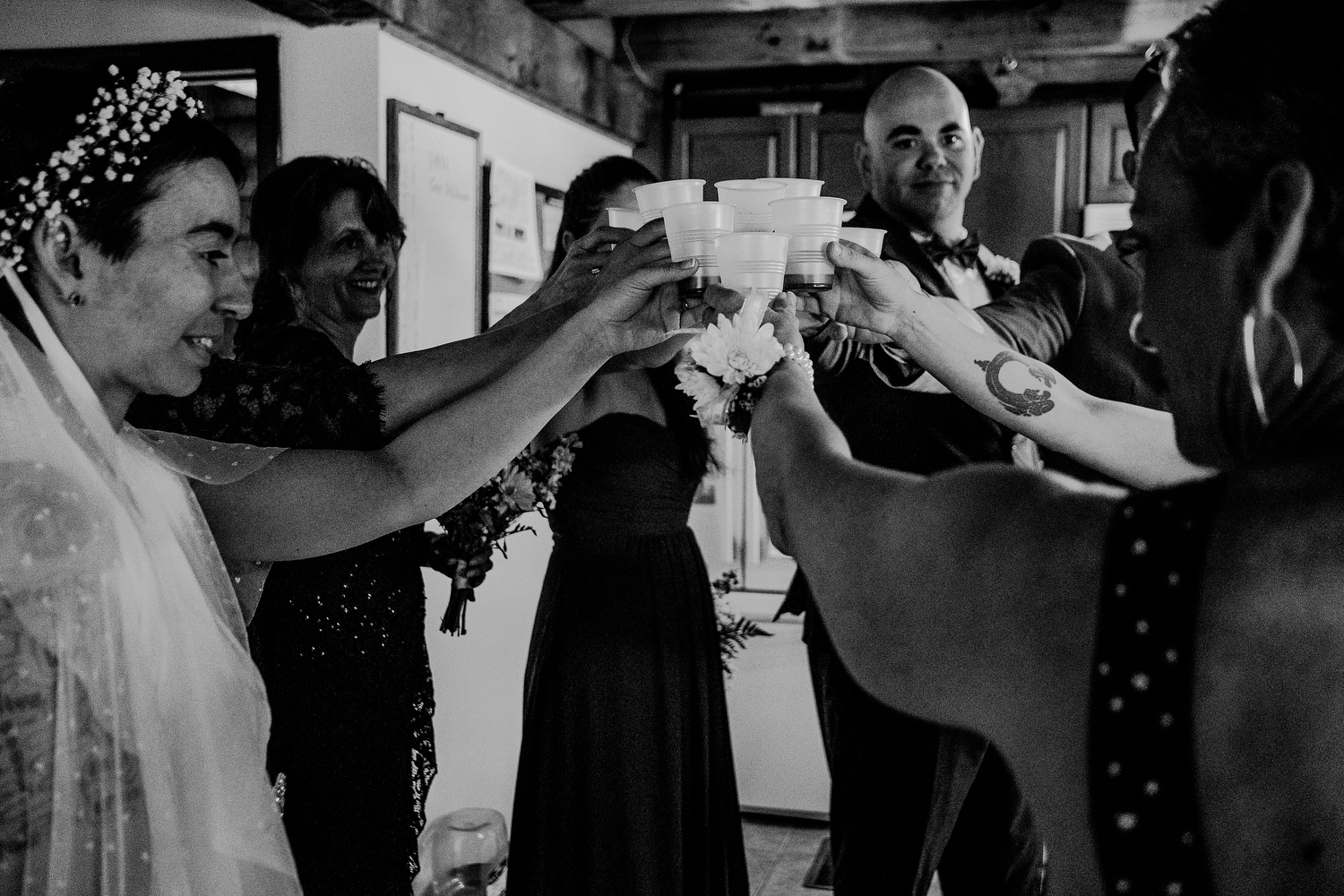 documentary wedding photography moments before ceremony