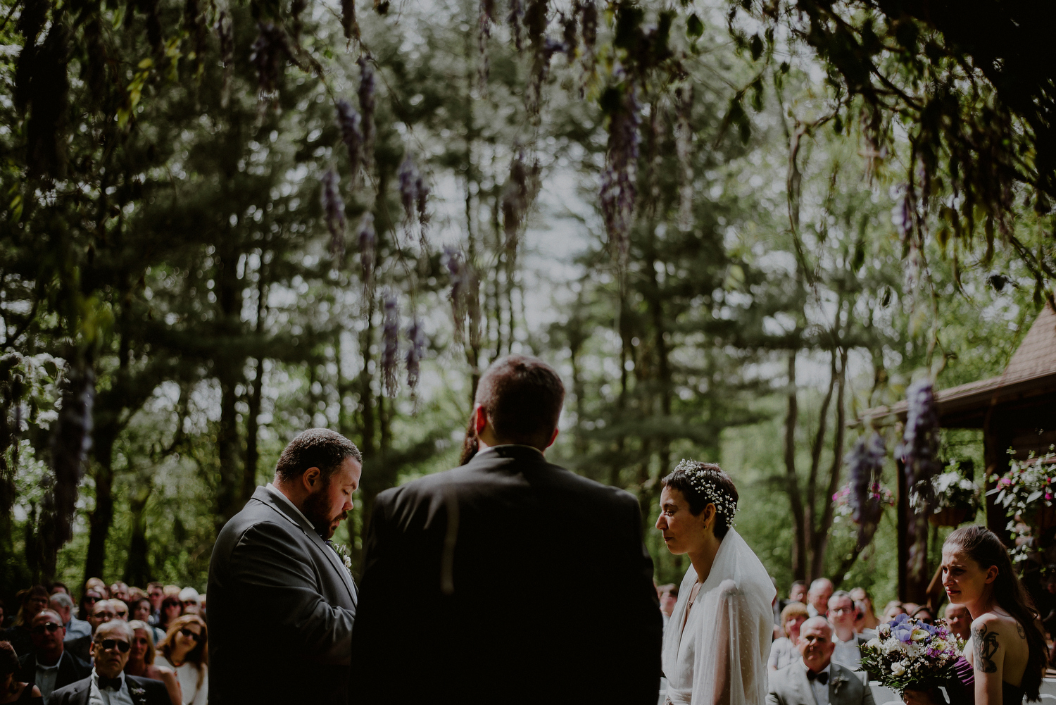 woodsy backyard ceremony in cream ridge NJ