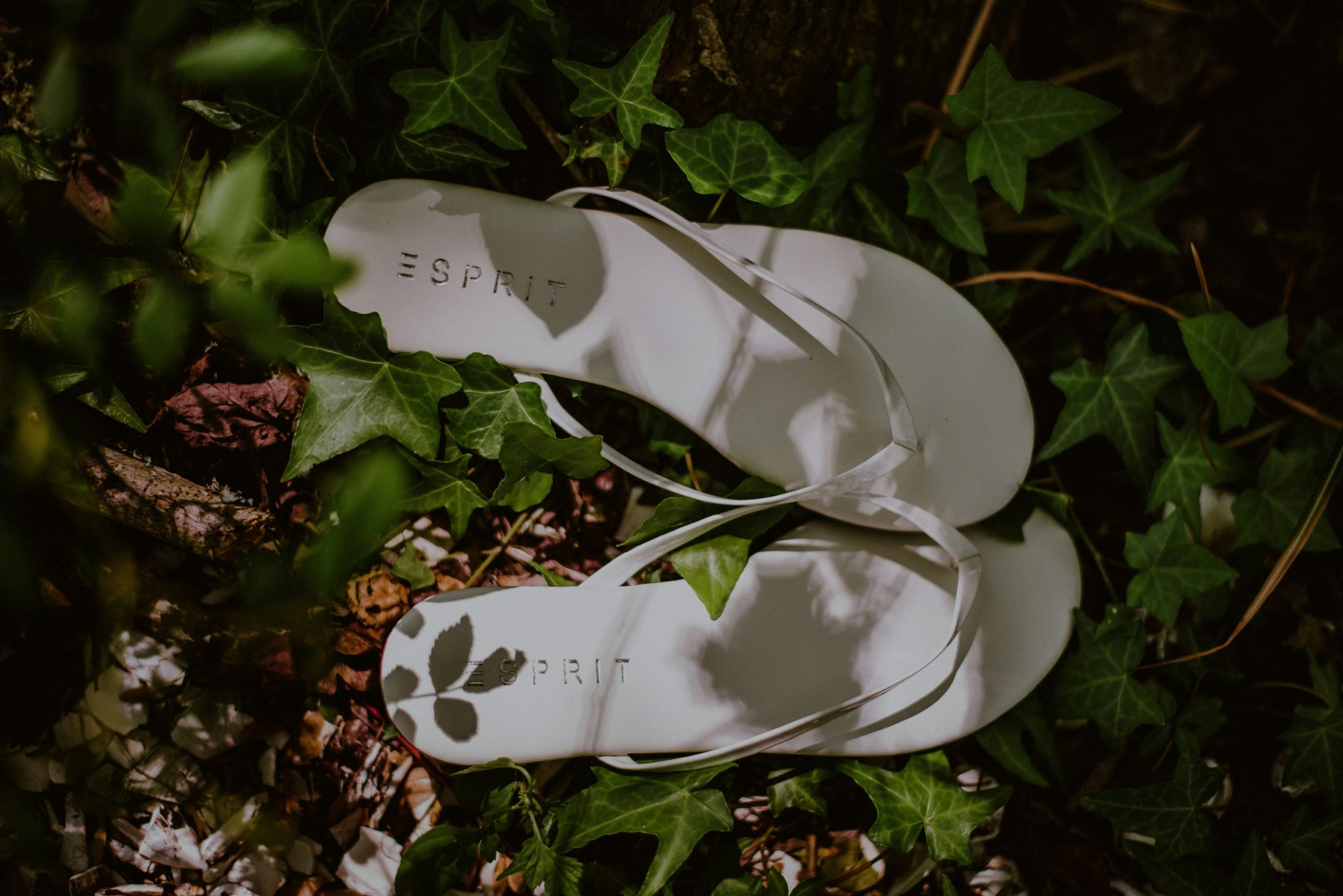 rustic wedding details of slippers